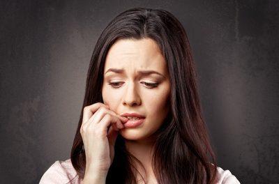 Emoții reprimate, cauza bolilor grave. Radiografiile se modifică în timp