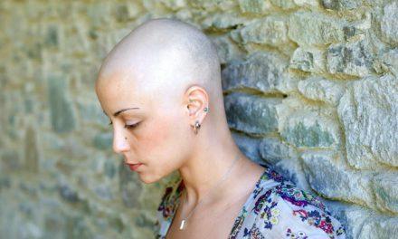 Bolnavii lansează un strigăt de ajutor către autorități printr-o campanie împotriva cancerului