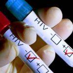 Statistică îngrijorătoare. Unul din șapte europeni nu știe că este contaminat cu virusul HIV