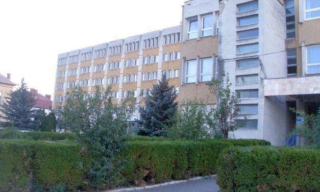 Focar de Covid la Spitalul din Turda. Mai mulţi angajaţi şi pacienţi infectaţi