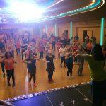 Zumba în sprijinul tinerilor dependenți de dializă. Aproape 300 de femei au dansat în scop caritabil