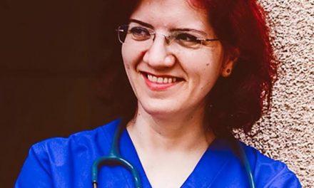 """Cum își bat joc """"greii"""" medicinei de o doctoriță pediatru de excepție. Au demis-o din Pediatrie 3 Cluj, deși a renunțat la o carieră în Franța, ca să profeseze acasă"""