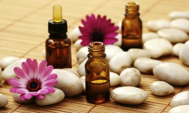 Aromaterapie în loc de medicamente. Pacienții ar putea fi tratați cu uleiuri esențiale în  spitale