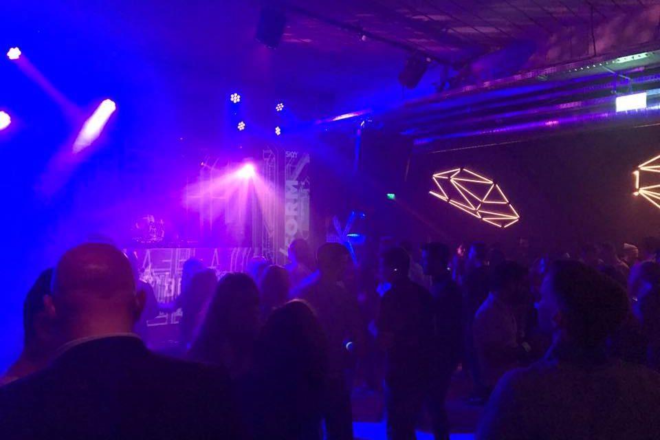 Tinerii supraviețuitorii de cancer din Cluj s-au distrat la petrecere dedicată lor