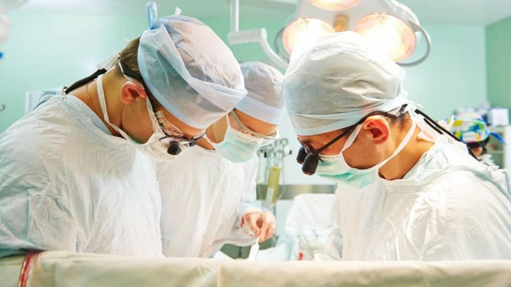 Copil în stare gravă la spital. A fost sfâșiat de mai mulți câini