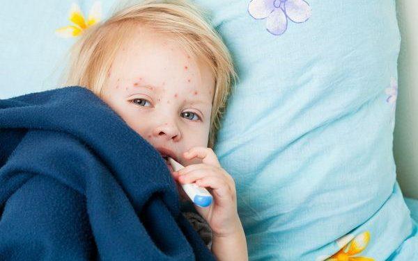 Alertă ECDC: Epidemia de rujeolă din România s-ar putea extinde și în alte țări