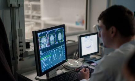 Cancerul la copii, depistat precoce cu aparatură medicală performantă. Banii provin din fonduri norvegiene