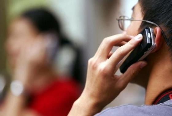Un tribunal din Italia a recunoscut legătura dintre cancer și utilizarea telefonului mobil