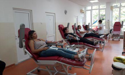 Criză de donatori. Bolnavii din spitale au nevoie urgentă de sânge