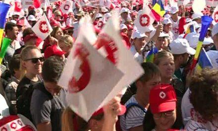 Protest de amploare în Capitală. Angajații din sănătate au ieșit în stradă