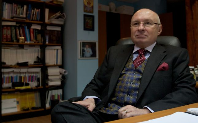 Medicul Mihai Lucan a ajuns la DIICOT București. Doi directori de la Institutul de Urologie din Cluj, reținuți