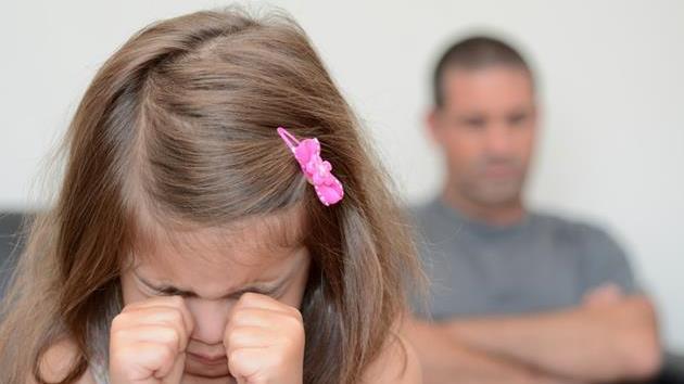 Asociația Telefonul Copilului: Cei mai mulți copiii din România sunt abuzați emoțional
