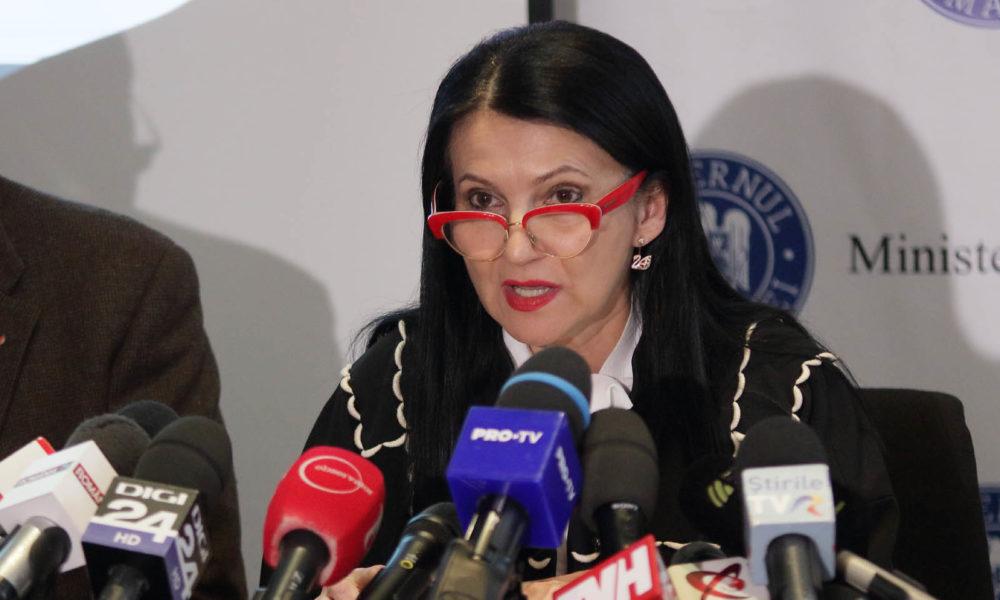 Sorina Pintea: Primele doze de imunoglobulină au plecat spre spitale