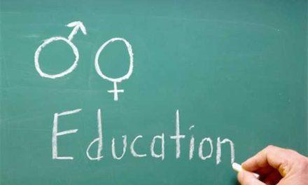 Educatia sexuala incepe acasa. Ce ii spunem unui copil de 2 ani despre sex