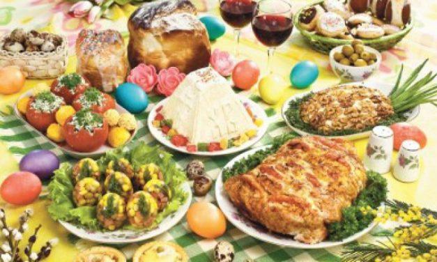 Masa de Paște poate aduce probleme de sănătate. Medicii ne sfătuiesc cum să le evităm