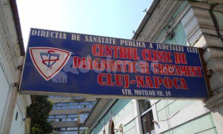 VIDEO Pacienții stau la cozi până leșină la Centrul de Diagnostic și Tratament din Cluj
