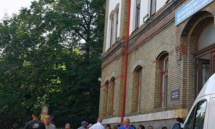 VIDEO Protest la Spitalul Județean de Urgență Cluj. Norma de hrană va fi diminuată