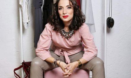 Blandiana Horațiu, mama cool care învață oamenii să se îmbrace frumos, chiar și cu bani puțini. Ce își dorește un consultant de stil de la Moș Crăciun