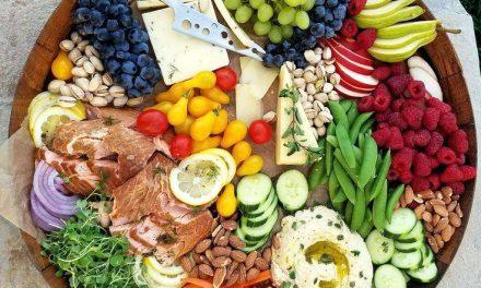 Detoxifiere făcută după sărbători, mit sau adevăr? Cum scăpăm de kilogramele acumulate în câteva  zile de exces alimentar