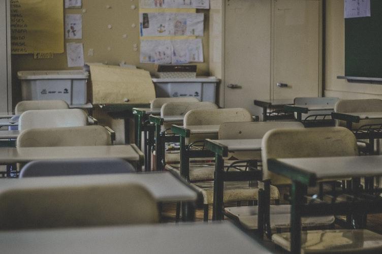 Gripa închide școlile. Anunțul făcut miercuri seara de Ministerul Educației. VEZI ordinul de ministru