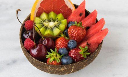 Consumul de fructe din meniul copiilor. Când, cum și ce fructe oferim copiilor? Ce spune medicul specialist
