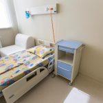 """Premieră în sistemul sanitar din Transilvania. Primele două camere sterile pentru copiii bolnavi de cancer au fost făcute de UNTOLD și Asociația """"Dăruiește Viață"""""""