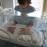 Un spital din Cluj a fost dotat cu aparatură medicală vitală pentru bebelușii prematuri