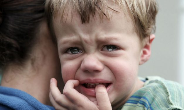 Copiii și micile tragedii. Cum pot părinții gestiona dramele zilnice ale copilului