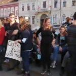 Peste 200 de absolvenți de medicină au ieșit în stradă la Cluj, Iași și Craiova