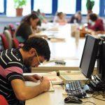 1400 de candidaţi şi-au testat cunoştinţele la simularea examenului de admitere la UMF Cluj