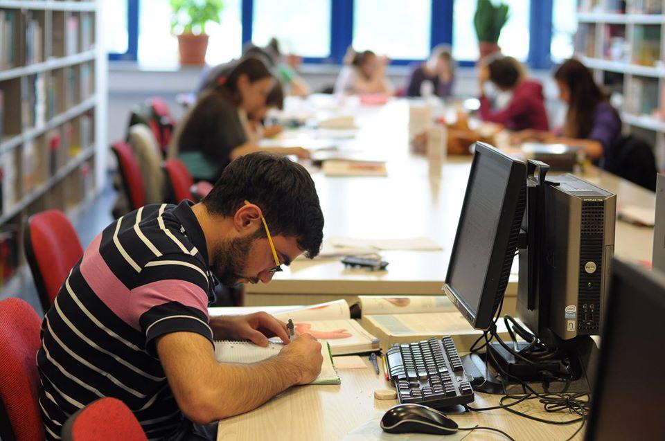Admitere in vremea COVID-19. Cum vor susține examenul de admitere viitorii mediciniști, care vor să studieze la UMF  Cluj