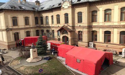 Pacienții care ajung la Urgențe în Cluj, triați într-un cort și direcționați apoi spre secțiile spitalului