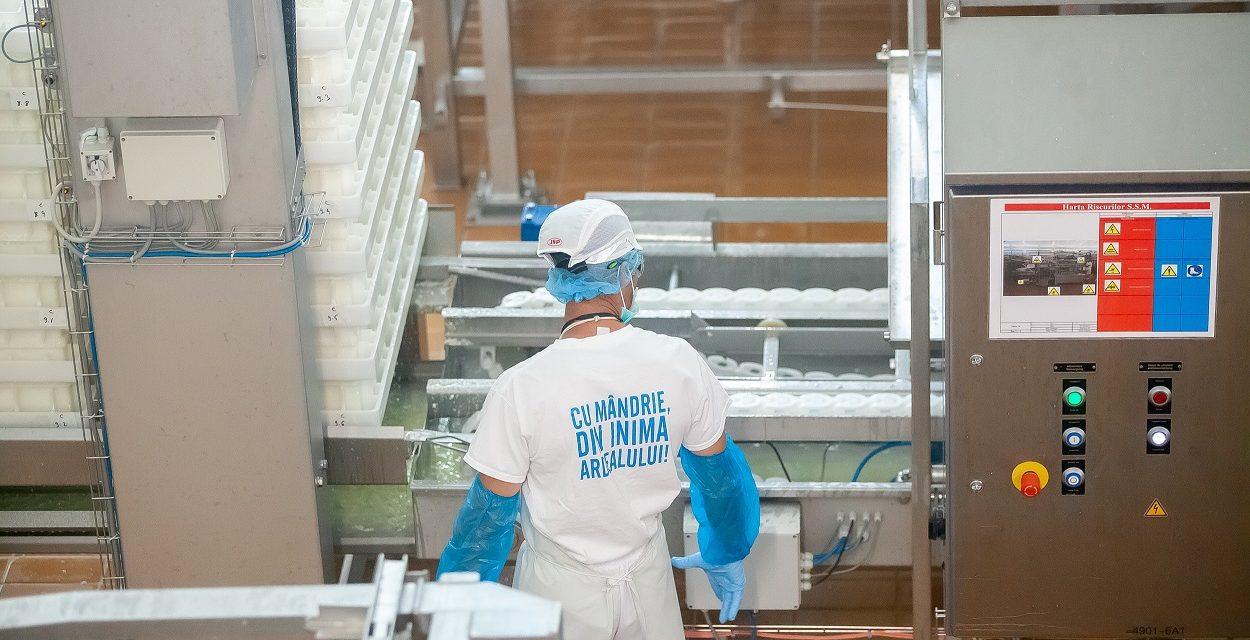 În plină pandemie de COVID-19, Napolact face donații către spitale și anunță că face angajări. Unde e nevoie de forță de muncă