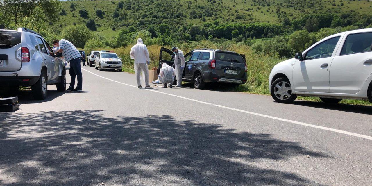 Un copil din Cluj dat dispărut de mama sa, acum câteva zile, găsit mort în maşina tatălui
