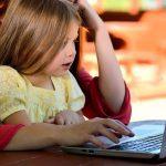 Se închid şcolile şi grădiniţele din Cluj-Napoca şi alte două comune. Copiii vor învăţa online