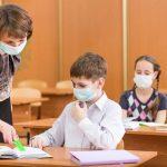 Cluj: crește numărul cazurilor noi de Coronavirus în rândul cadrelor didactice și al elevilor. Profesorii și angajații din școli nu au parte de testări gratuite pentru SARS-COV 2