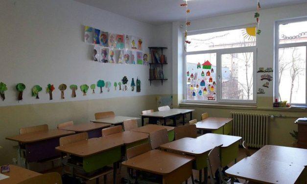 Cum începe școala în județul Cluj, după vacanța de primăvară. Elevii revin la cursuri în doar 51 de școli, din aproape 450