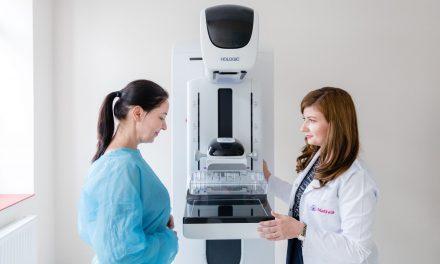 În lume, o femeie moare de cancer mamar, în fiecare minut. O clinică de ginecologie donează ecografii și mamografii, pentru conștientizarea acestei boli