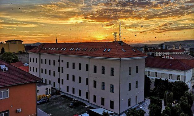 Spitalul Militar din Cluj sufocat de pacienţii infectaţi cu Covid-19. Medic: rudele celor care decedează caută scuze care nu au o bază reală