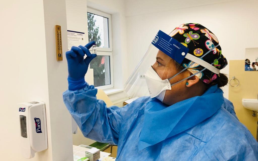 UPDATE 37 de cadre medicale din Cluj, vaccinate împotriva COVID-19, au prezentat reacții adverse ușoare. Peste 4.200 de medici și asistenți, vaccinați până acum