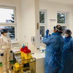 Vaccinarea anti-COVID la Cluj: Înghesuială la înscriere și platformă nefuncțională
