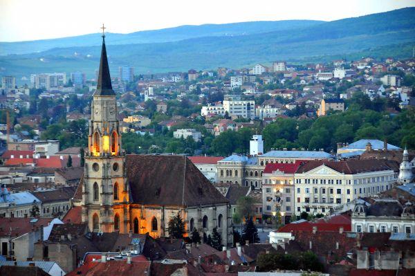 Cluj-Napoca: se ridică restricțiile în timpul săptămânii. Rata de infectare e 6.62 la mia de locuitori