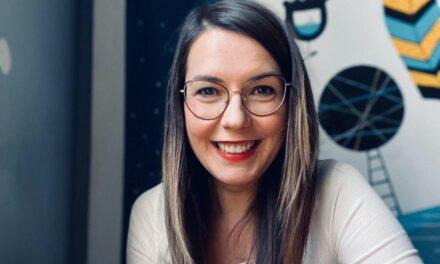 #DoamneDeNota10 Cristina Costescu, cercetătoarea care integrează roboţii în terapie şi îi învaţă pe studenţi cum să lucreze cu copii speciali