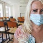 Cluj: Zeci de elevi şi profesori confirmaţi cu COVID-19
