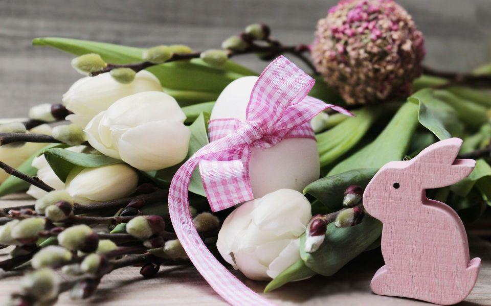 Ce flori alegem pentru a înfrumuseţa casa de Paşte