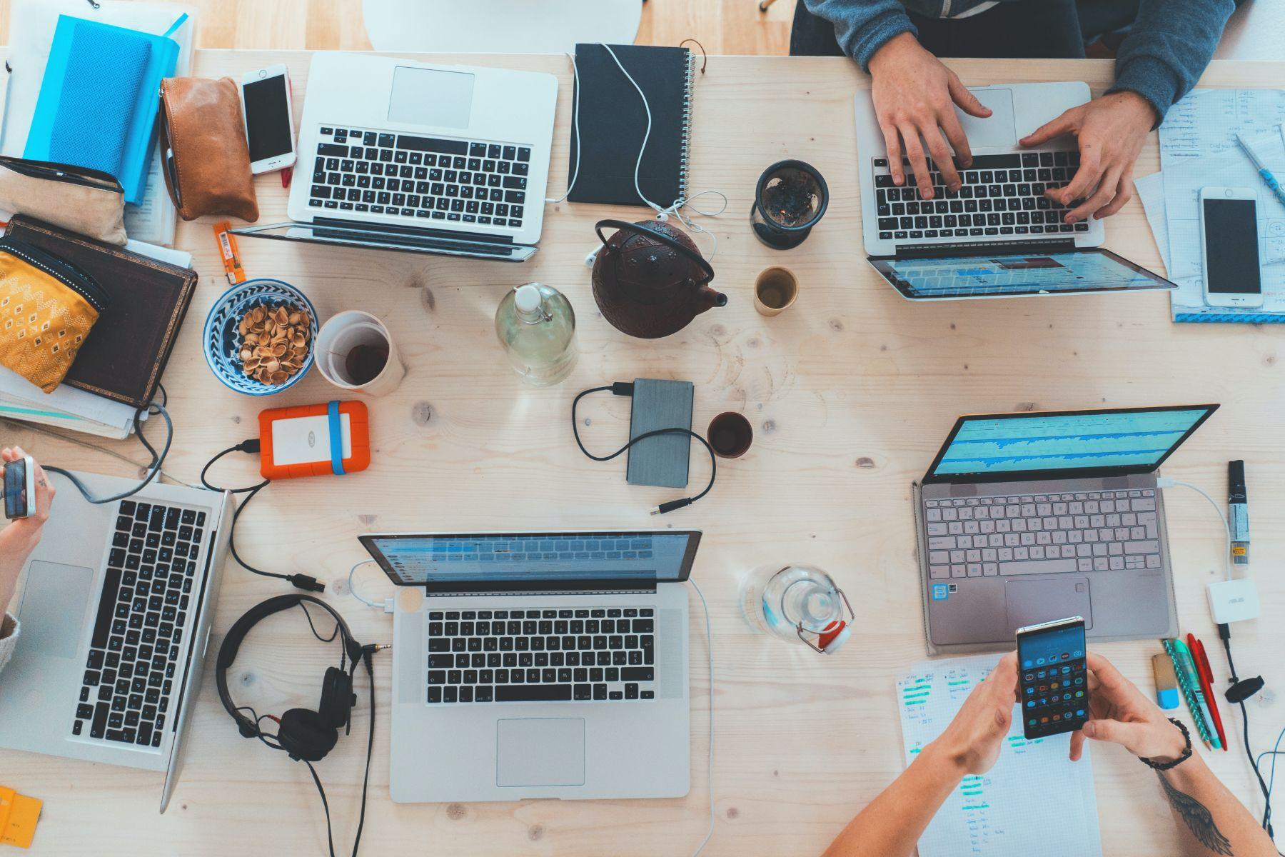 Sfaturi bune în pandemie: cum să îți crești business-ul cu ajutorul Influencer marketing-ului. Ce spune Cristian China Birta, unul dintre primii influenceri din țară
